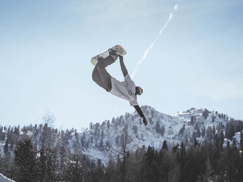 trik na snowboardzie